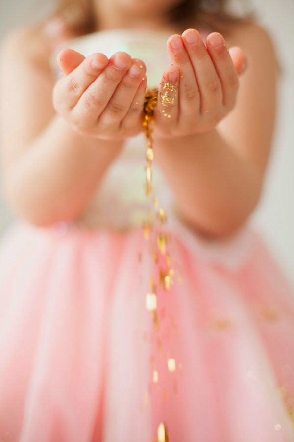 Such a great idea for a little girl's photo session. Dress them up in their favorite girly tutu/ballet outfit/princess outfit and just add glitter! Great way to be creative without being corny! From Jacklyn's Glitter Session, photo by Krista Lee / Nashville and Brentwood TN photographer