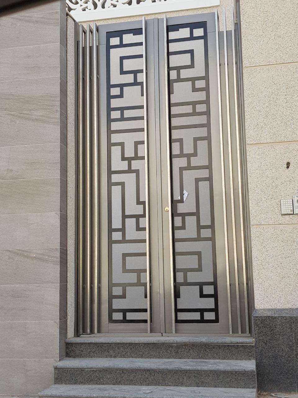 Pin By عفاف محمود On دواليب Front Gate Design Door Gate Design Exterior Door Designs
