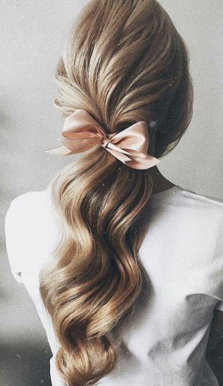 "Romantic hair style<p><a href=""http://www.homeinteriordesign.org/2018/02/short-guide-to-interior-decoration.html"">Short guide to interior decoration</a></p>"