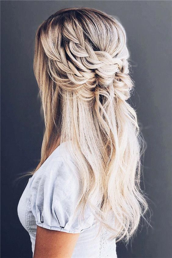 25 Best Instagram Nail Art Accounts You Must Follow – Delicate Loose Braids #hair #hairstyles #haircolor #longhairstyles