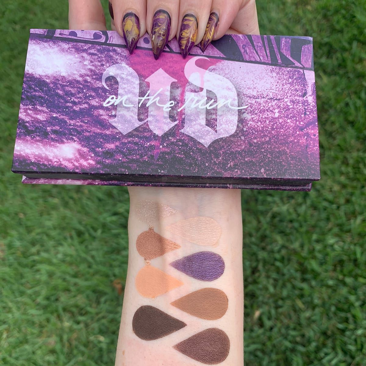 Urban Decay On the Run Bailout Mini Palette Review