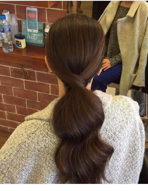 Simple ponytail trend inspire