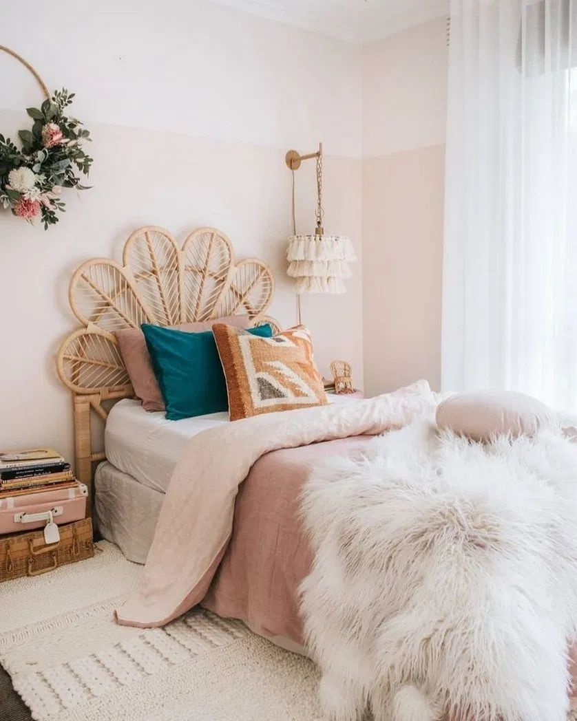 ☛40+ Cozy Beds That Will Make You Forget How Cold It Is ~ Living After Midnite 39 | Blogger Creative #bedroomideas #masterbedroom #cozybeds