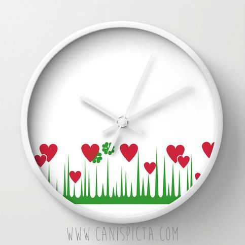 "Lucky+in+Love+Wall+Clock+Bright+Pyrex+Heart+Clover+Shamrock+Retro+Mod+Geometric+Vintage+Red+Green+White+Hanging+Natural+Wood+Frame+Round    Listing+is+for+ONE+Wall+Clock.+Available+in+3+color+frames:+Natural+Wood,+Black,+or+White.    ""Lucky+in+Love""    Your+kitchen+is+now+ten+times+more+awesomer+..."