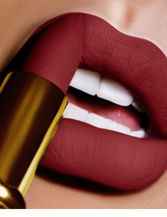 Sweet matte burgundy lips