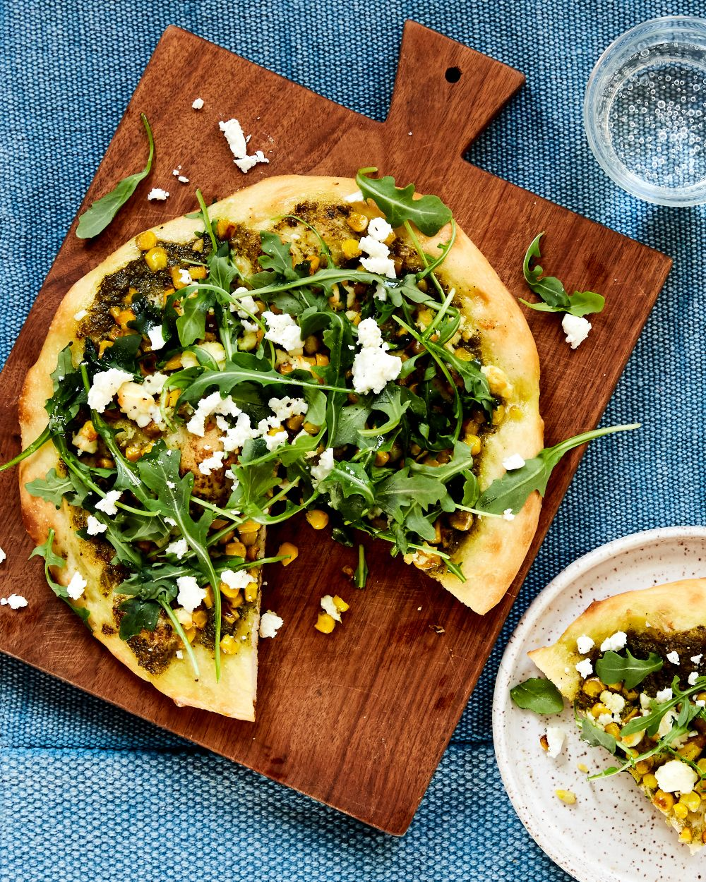 Five-Ingredient Dinner: Pesto Pizza With Fixins | A Cup of Jo