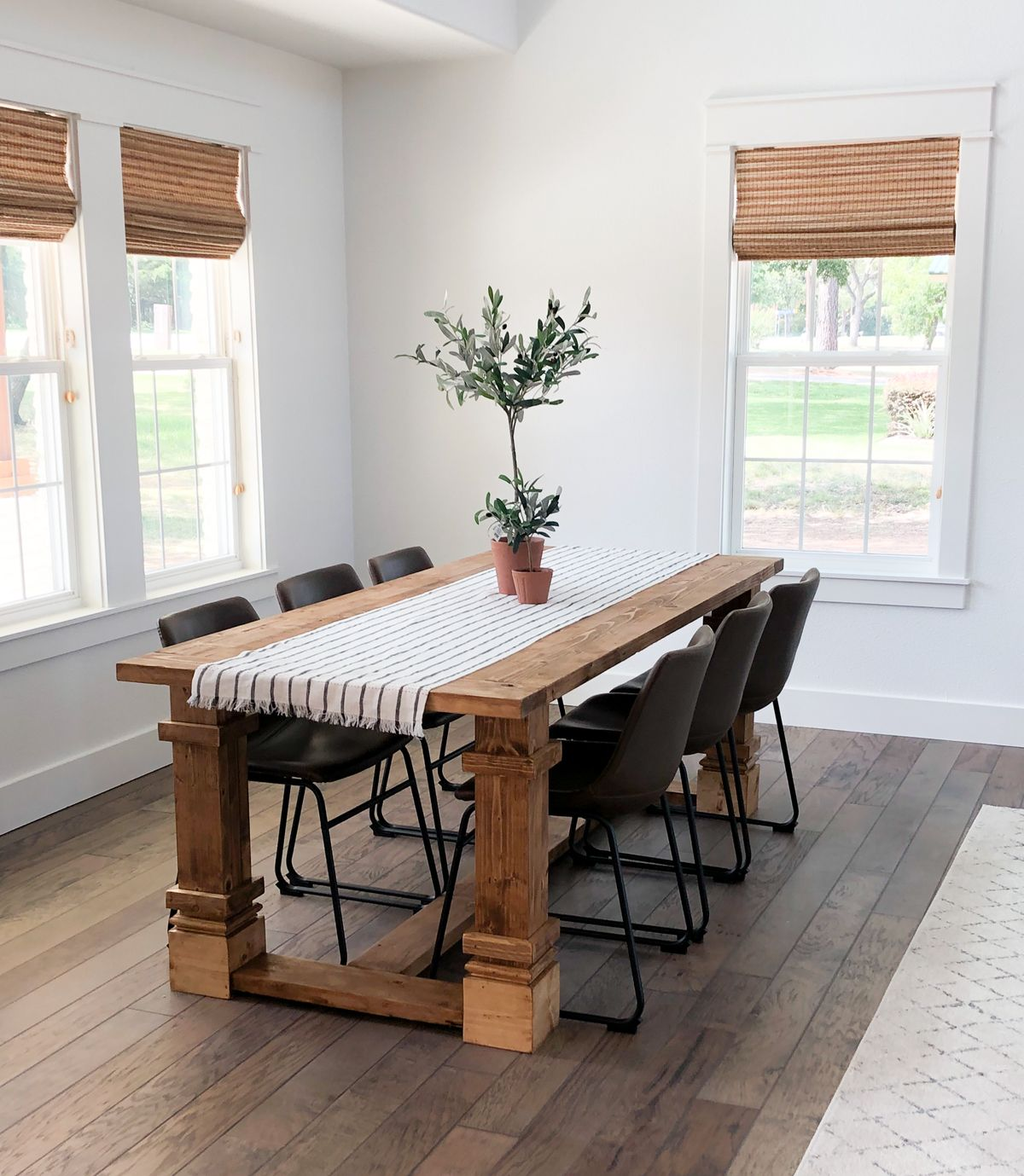 DIY Modern Farmhouse Dining Table for under $120 in lumber!