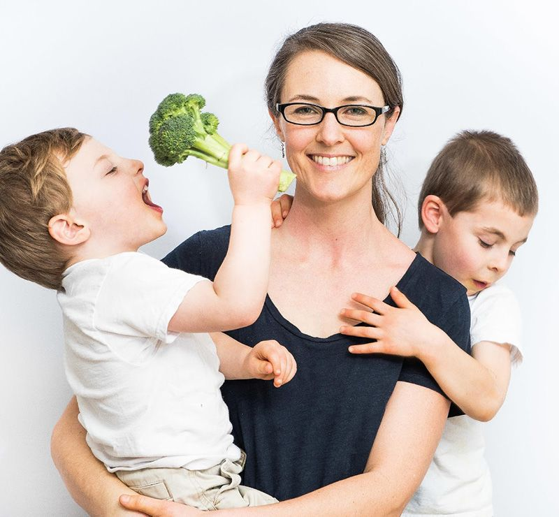How to Adopt Intuitive Eating for the Whole Family - Today we're sharing a conversation with Jennifer Anderson, founder of Kids Eat in Color. We dive into all of the ways we impose different kinds of behaviors onto our children, ourselves, and other people in our lives about how we eat, what we eat, and how much we eat (and what we can do to change that).