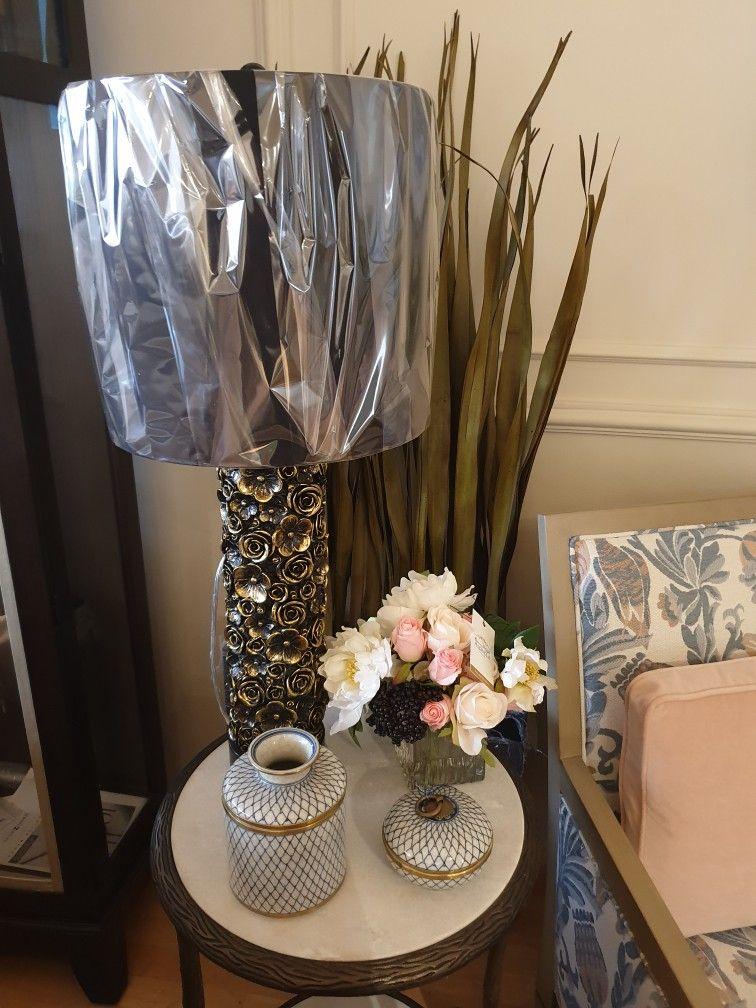 Classic Lamp Side Table Accessories Interior Design Classic Floral Table Accessories American Furniture Sold In Saudi الطاولة Decor Home Decor Vase