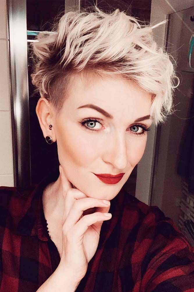 Curly Taper  #curlyhairstyles #shorthairstyles ★  A taper fade haircut for women works for straight as well as curly hair. You canalso go for a short, mid or long option. #glaminati #lifestyle #taperfade