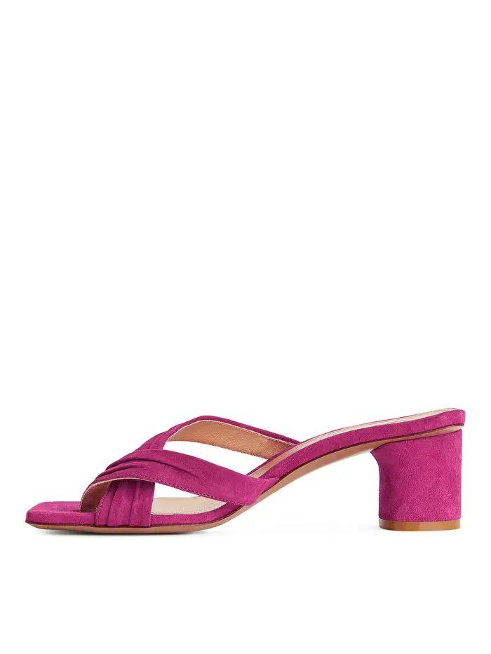 Suede Sandalette - Fuchsia - Shoes - ARKET DE