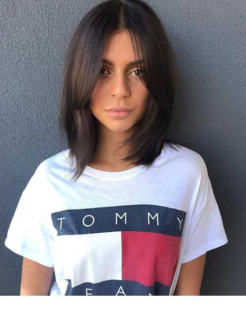 Tommy t-shirt and short haircut