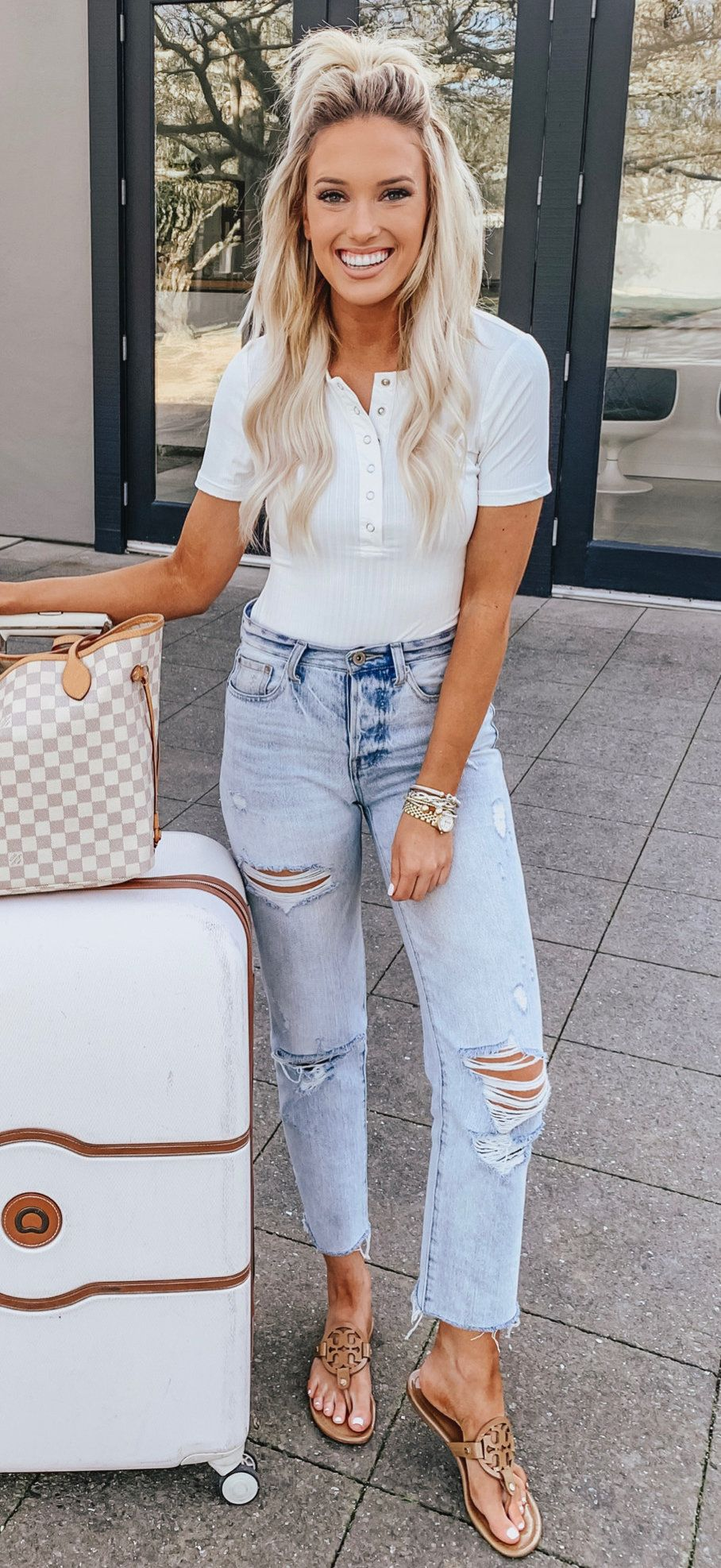 blue denim distressed jeans #spring #outfits