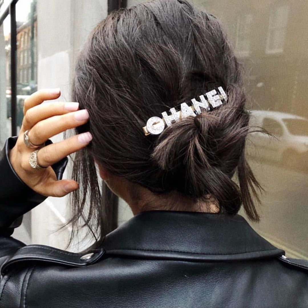 Hair situation @chanelofficial 🎀