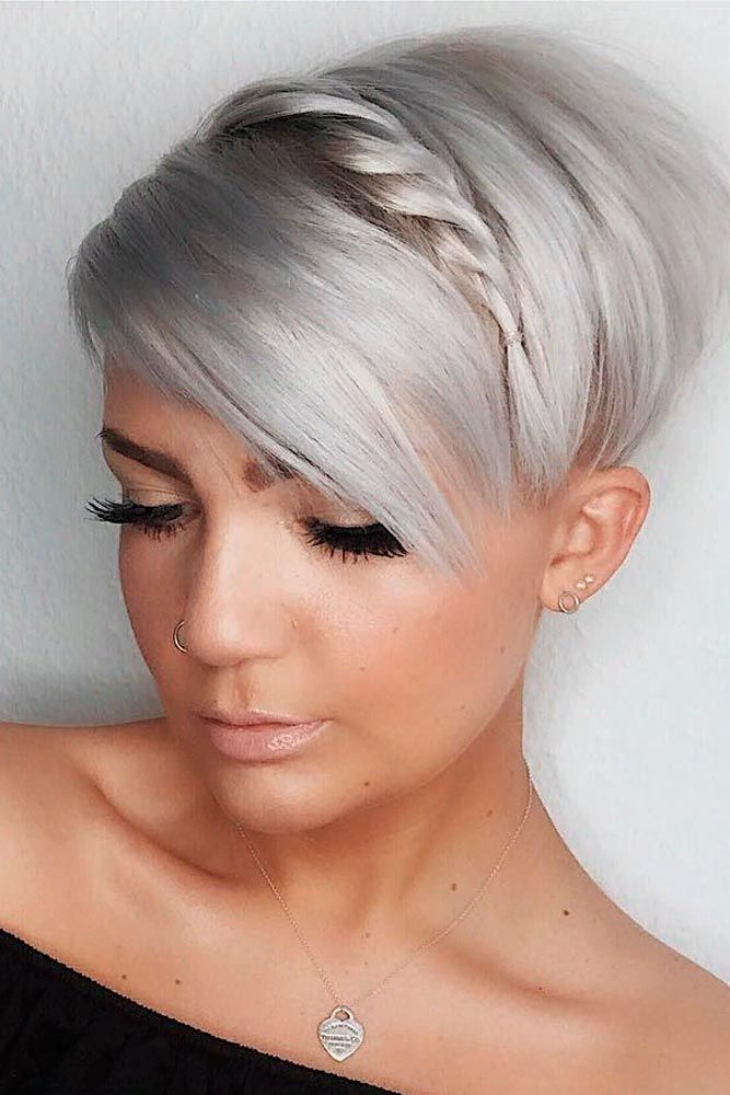 Long Pixie With Side Braid #pixiehairstyles #braidedhairstyles ★ Sexy short hairstyles are the answer for those who wonder which type of haircut is the best. Forget about waking up earlier only to fix your hair! #glaminati #lifestyle  #shorthairstyles