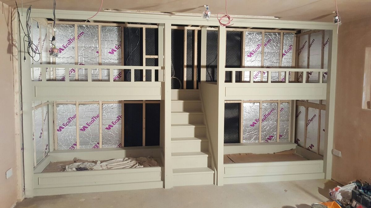 Quad Bunkbed with Staircase & Drinks shelves by