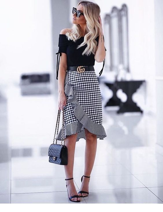 Cute look, black top and plaid skirt