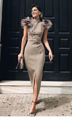 Awesome grey long dress with many details