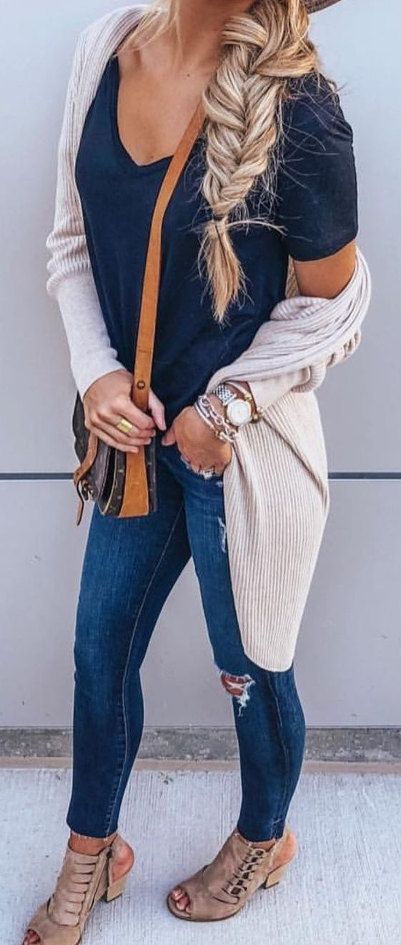 42 Cardigan Outfits You Must Try – Style Spacez