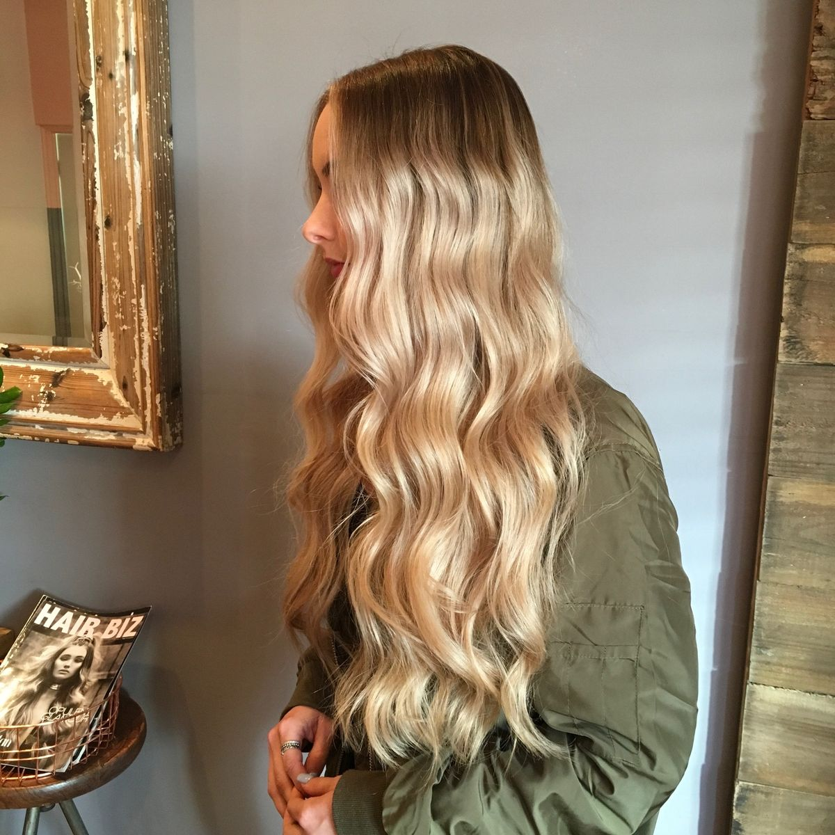 Belayage creamy bright hair contouring waves long hair