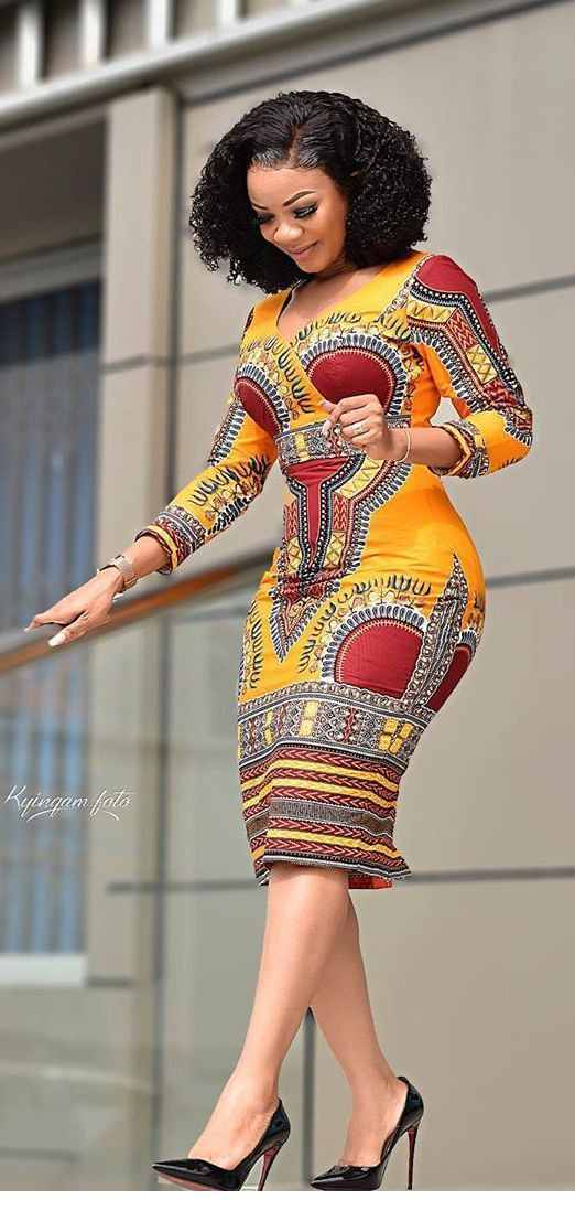 Awesome printed colorful dress with black details