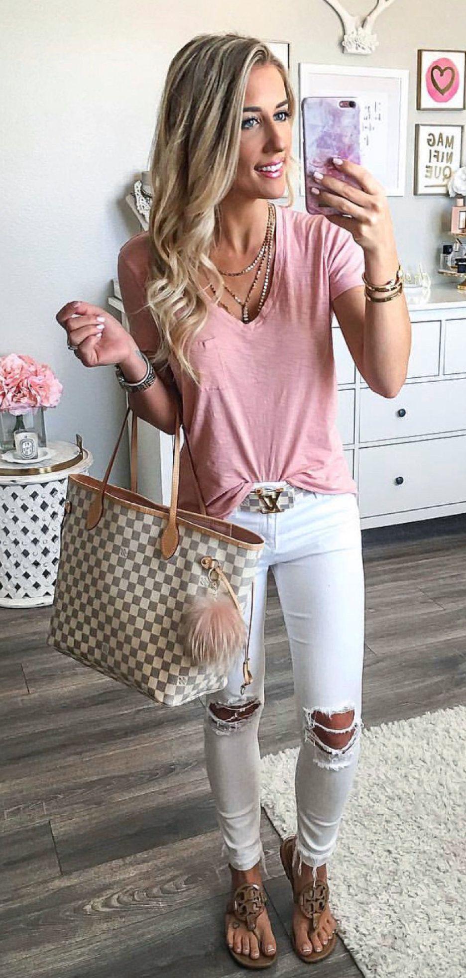 pink V-neck shirt #spring #outfits