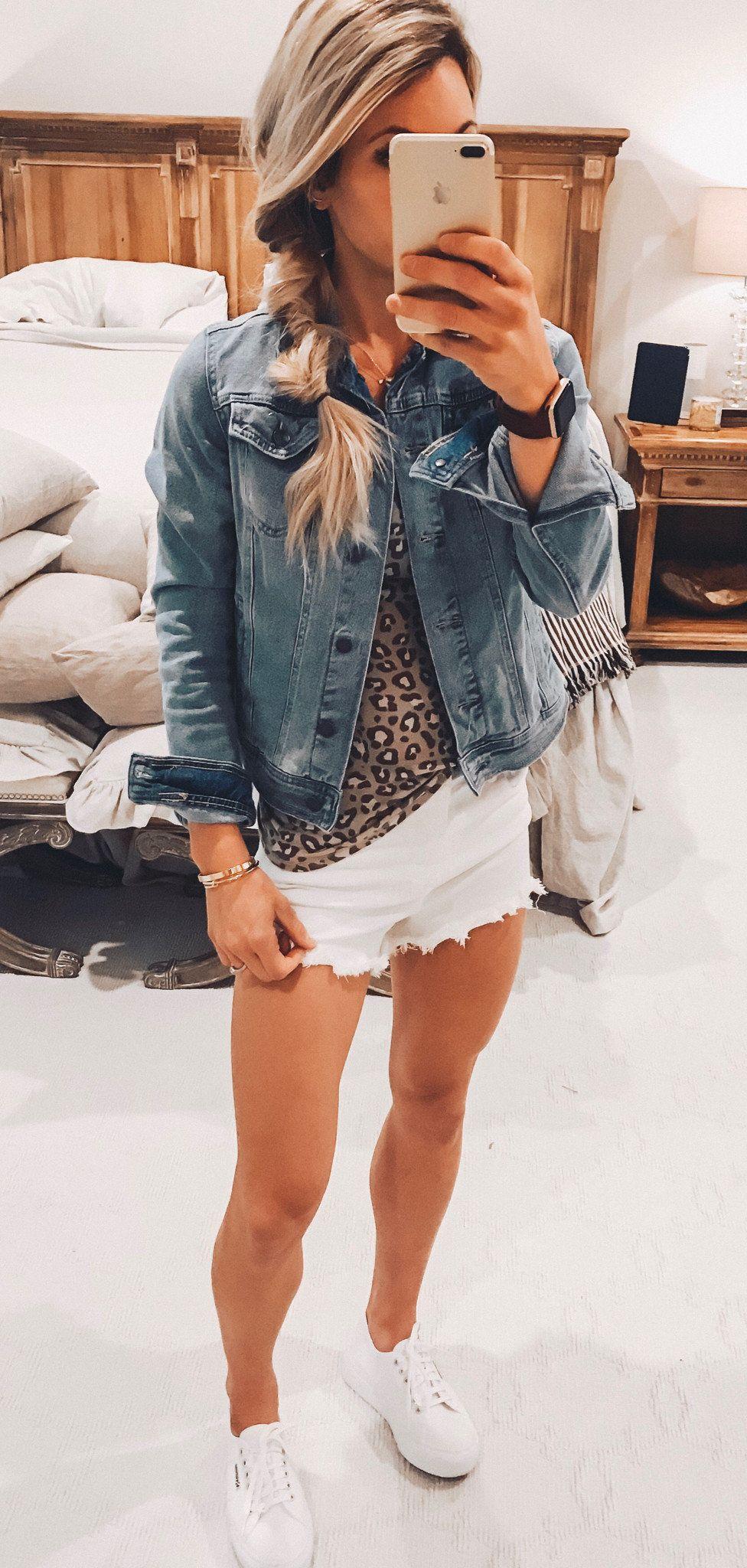blue denim jacket #spring #outfits