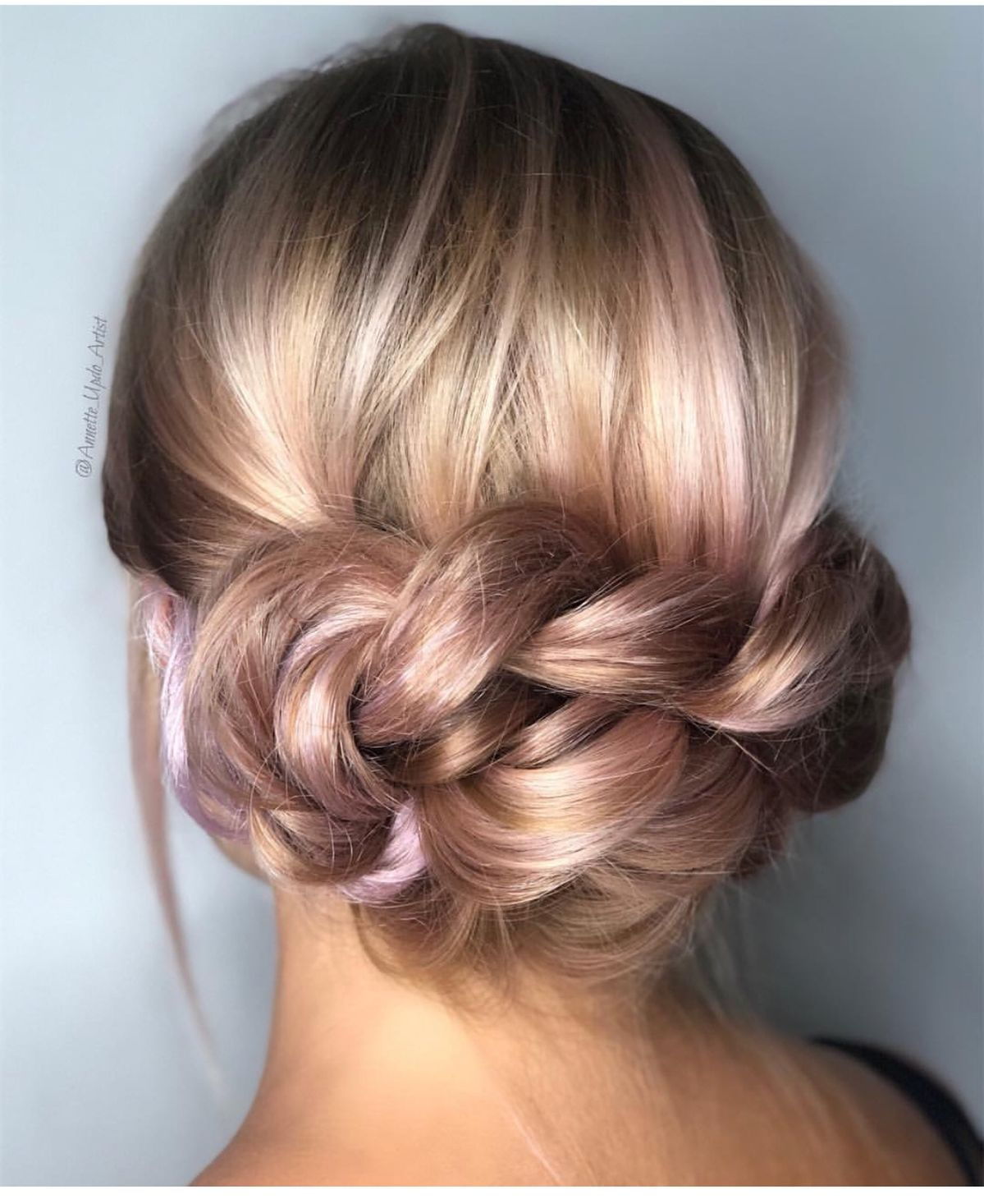 "FEATURING: @annette_updo_artist <a class=""pintag"" href=""/explore/updos/"" title=""#updos explore Pinterest"">#updos</a> <a class=""pintag"" href=""/explore/buns/"" title=""#buns explore Pinterest"">#buns</a> <a class=""pintag"" href=""/explore/MzManerz/"" title=""#MzManerz explore Pinterest"">#MzManerz</a> <a class=""pintag"" href=""/explore/MzManerzHairTeam/"" title=""#MzManerzHairTeam explore Pinterest"">#MzManerzHairTeam</a> 