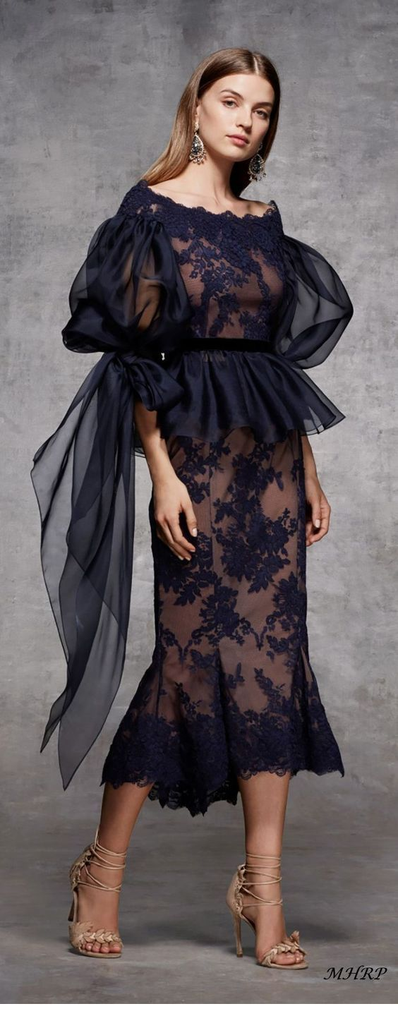 The perfect black dress with tulle and lace