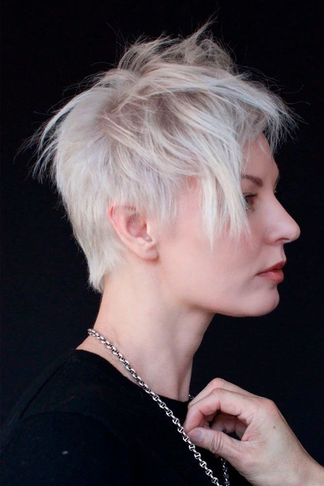 Messy Pixie Haircut #pixiehair #messyhair ★  Short hairstyles for round faces are in trend! If you have blonde hair and a round face, check out these 40 hairstyle ideas. #glaminati #lifestyle #shorthairstylesforroundfaces