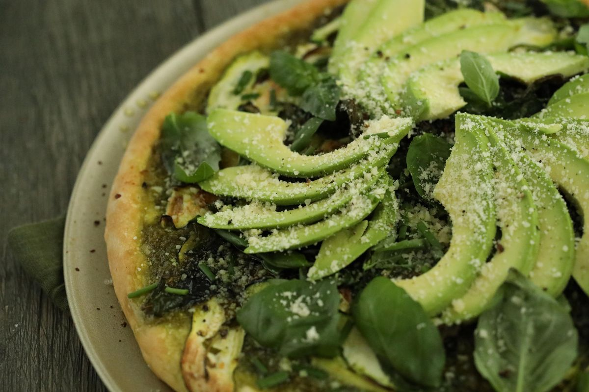 *For Goddesses Only* 😇  Save the recipe for Green Goddess Pizza!