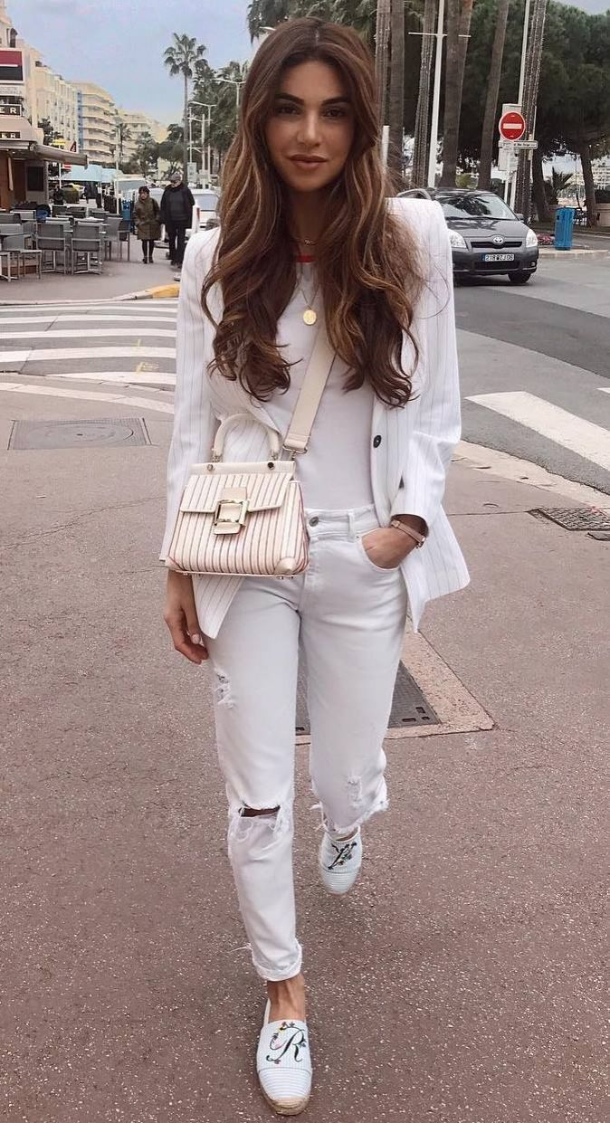 white outfit inspiration / blazer + bag + ripped jeans + top + loafers