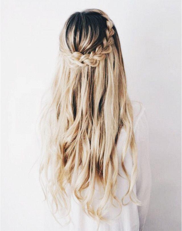 "Long blonde hair.<p><a href=""http://www.homeinteriordesign.org/2018/02/short-guide-to-interior-decoration.html"">Short guide to interior decoration</a></p>"