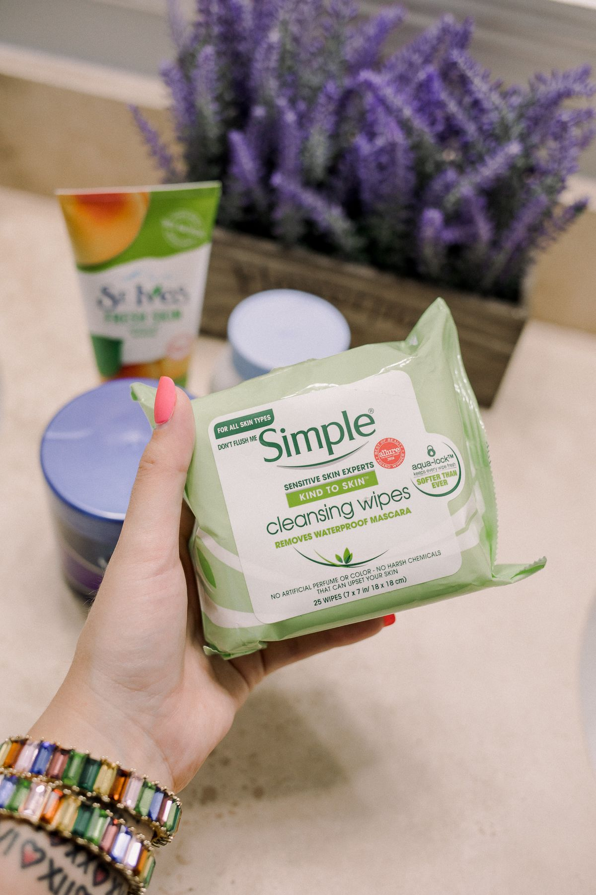 Houston beauty blogger Uptown with Elly Brown shares her review on the Simple cleansing wipes
