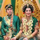 Sewa baju pengantin  BUGIS MAKASSAR baju makassar baju adat makassar baju daerah DI JAKARTA HUB. 085211711318, PENGANTIN BUGIS, PENGANTIN MAKASSAR, PENGANTIN MANDAR, SEWA BAJU ADAT  BUGIS / MAKASSAR , sanggar adat Bugis di Jakarta sewa Jas Tutup ( Jas Tutu ), Songkok Tobone ( Topi Recca ), Kain Sarung sutra Khas Bugis /Makassar, Baju Bodo ( Baju Tokko ), Sewa baju Toraja, tari empat etnis, Selop, Perhiasan wanita Bugis-Makassar, Baju Belah dada, Ikat Kepala Bugis, topi sigarak, lippa Sa'be, SEWA BAJU BODO HUB. 085211711318 atau 081297046330, ADAT SULAWESI, SEWA BAJU BODO ( anak, dewasa s/d Jumbo size), BUGIS, MAKASSAR, HUB. 085211711318, Sewa tari adat Budaya Bugis & Makassar di Jakarta, sewa baju kartinian, SULAWESI, sewa baju bodo anak dan dewasa,Sewa Kostum Daerah, Sewa & Jual Aksesoris Baju Daerah, Sanggar Seni Tradisional, sewa busana daerah, baju adat nusantara 33 propinsi, budaya Daerah, rias pengantin bugis makassar, rias pengantin bugis di jakarta, desain pengantin bugis, nikahan bugis, pernikahan bugis di jakarta, Jual Kipas Tari, aksesoris dan perhiasan, bando makassar, peci tradisionil khas Bugis di Jakarta, sanggar baju adat bugis, makassar, sewa tari pakarena, sewa tari paduppa, sewa tarian khas sulawesi, sewa tari daerah, Recca, songkok to bone, luwu, soppeng, gelang Lola, bossa, gelang naga, kalung garuda, paket rias Pengantin adat Bugis, makassar, mandar di Jakarta, anting bugis, sarung bugis, dll
