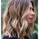 shoulder length hair with layers choppy