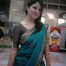 Indian Hot Girl in Saree