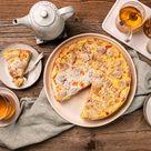 Rhabarberkuchen mit Pudding und Streuseln - Rezept | EDEKA