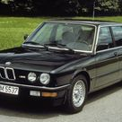 The BMW M5 Doesn't Look 30 Years Old