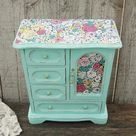 Mint flowered music box