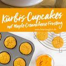 Kürbis-Cupcakes mit Maple-Creamcheese-Frosting für den Sweet Table der Goldenen-Herbst-Party #happymottoparty - feiertäglich...das schöne Leben