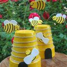 25+ Budget-Friendly and Fun Garden Projects Made with Clay Pots | Architecture & Design