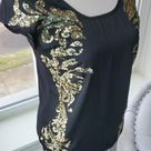 🦊Hinge Gold Sequined Top Size XS Nordstrom brand Hinge top. Adorned with matte gold sequin design. Cap sleeves & size XS.   A39 hinge Tops Blouses
