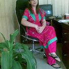 Desi Indian Aunty in Pink Salwar Kameez