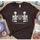 Live your best life skeleton graphic tee - Small / Grey