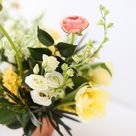 HOW TO UNITE A ROOM WITH FLOWERS - JustineCelina