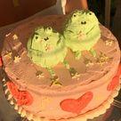 valentine frog cake