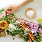 Rohkostplatte anrichten: Rezepte für Dips und Garnieren-Tipps