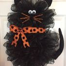 10 Wickedly Cool Halloween Wreath Ideas