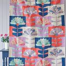 Tilda Lazy Days FAN FLOWER Quilt Kit in Blue/Coral with Backing | 55